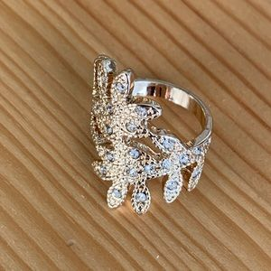 Gold sparkle leaf crystal statement luxe ring 6